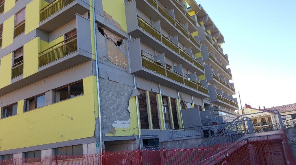 """מהנדס ירון אופיר: """"גישת התכן התפקודי מאפשרת שילוב טכנולוגיות מתקדמות להגדלת הבטיחות במבנים באירוע סיסמי"""""""