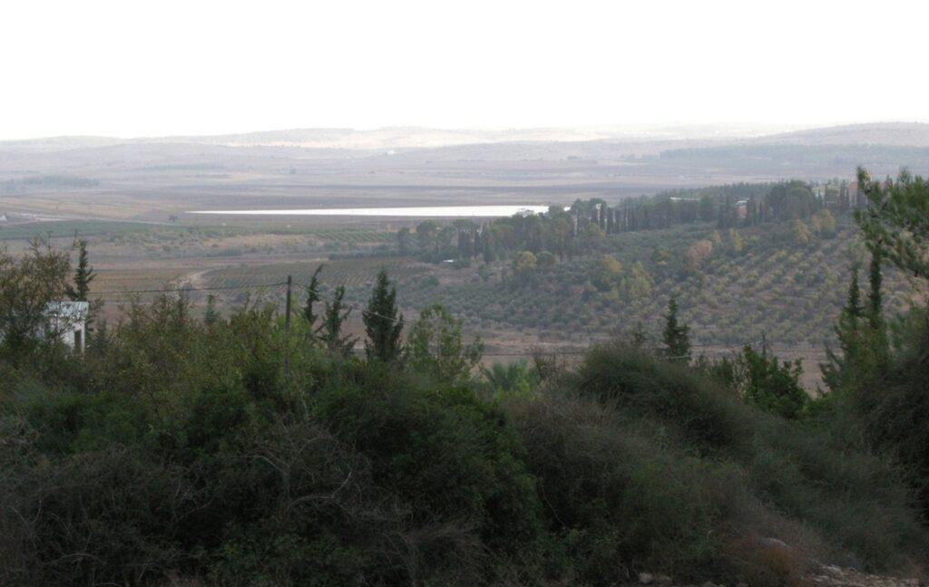 לראשונה בישראל: חיזוק בריכת מים על ידי דריכת יריעות פחמן